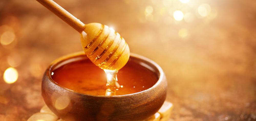 العسل:ما هو؟ وما هي فوائده الطبية؟ ومكوناته؟